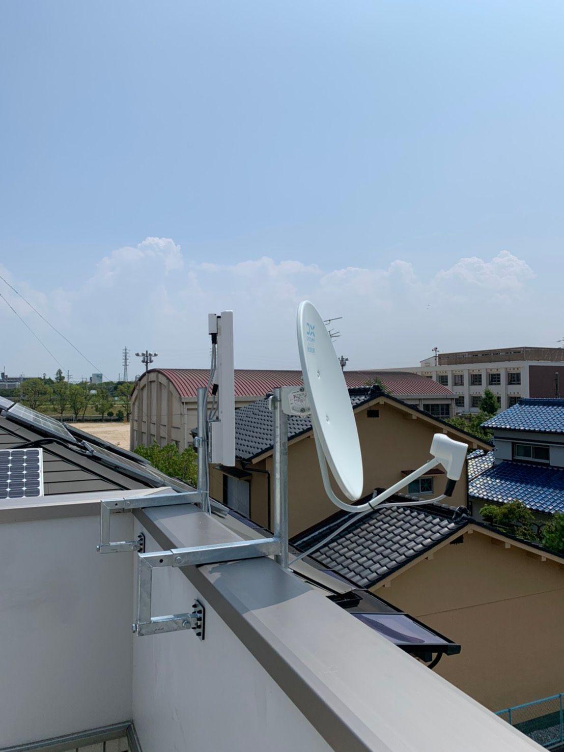 デザインアンテナ、4K8KBSアンテナ壁面設置 DXアンテナ(尼崎市)