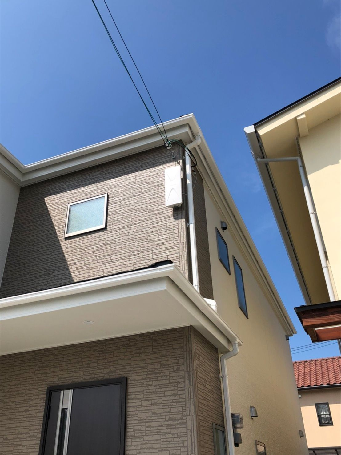 デザインアンテナ壁面設置 DXアンテナ(奈良県天理市)