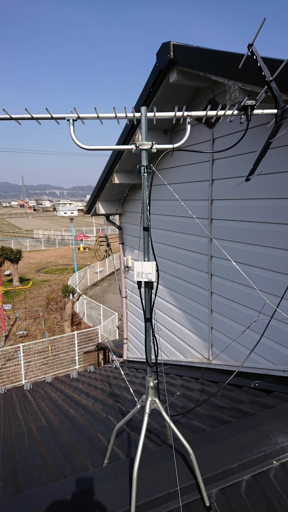 八木式アンテナ屋根上設置(和歌山県和歌山市)