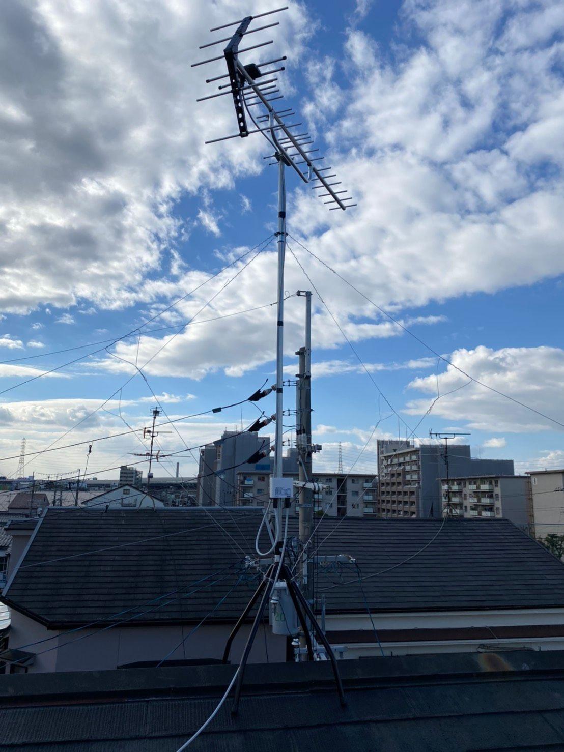 八木式アンテナ屋根上設置(大阪府門真市)